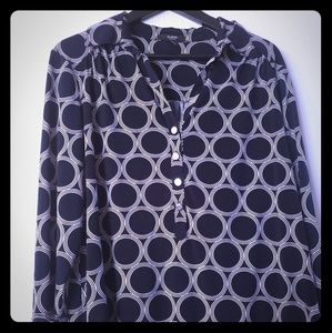 Classy Career Top - Navy and White Geo Pattern